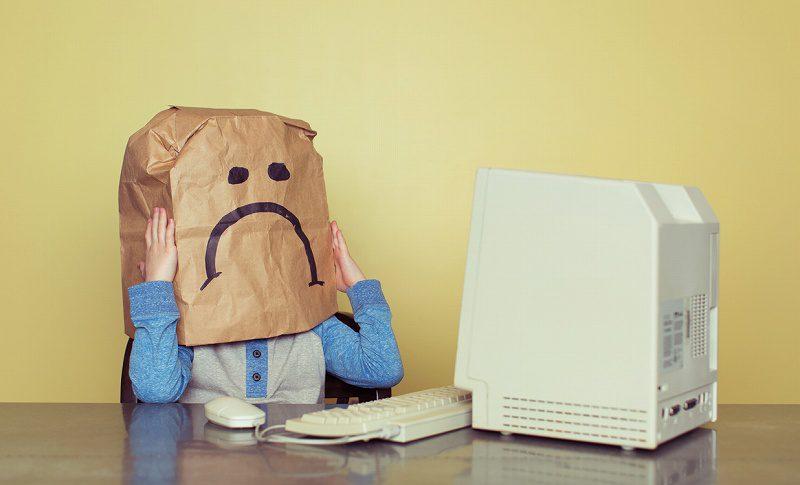 ネガティブ情報を削除!企業の隠ぺい行動に批判