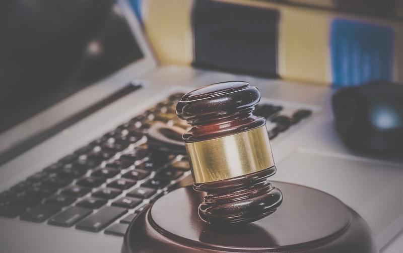 「逆SEO対策」と「弁護士による対策」の違い