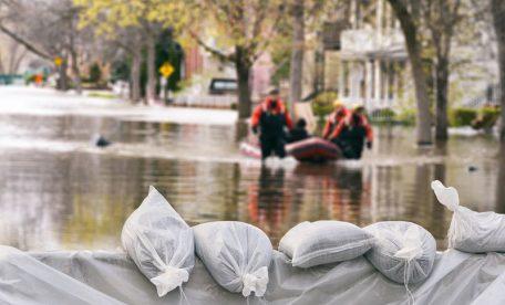 4つの事例から見る災害時特有の炎上